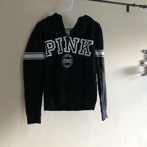 3/4 pink sweatshirt